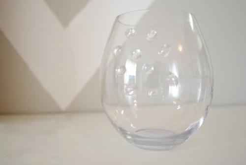 Tự thiết kế bình hoa độc đáo từ cốc thủy tinh - Archi