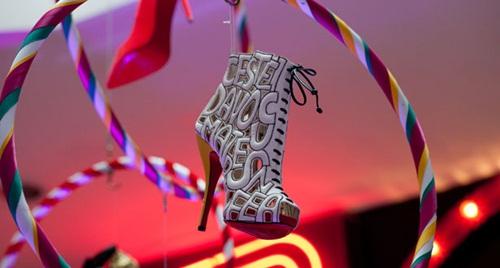 Choáng với BST giày 'siêu cao' của Christian Louboutin - 21