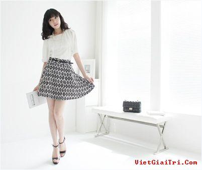 Nữ tính chân váy xoè