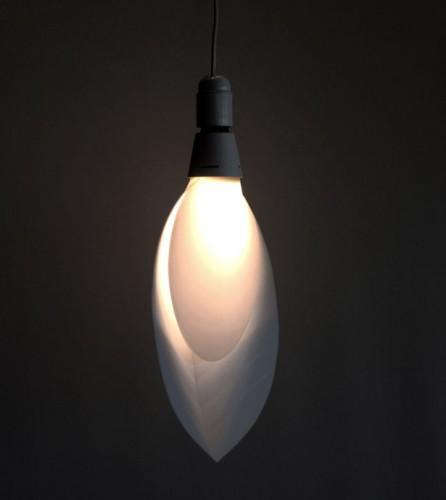 Lạ mắt với đèn hình chiếc lá - Archi