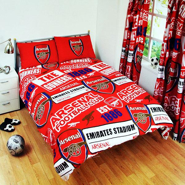 Arsenal Patch Double Duvet Set (Duvet 200cm x 200cm - Pillow Cases 50cm x 75cm) - OS