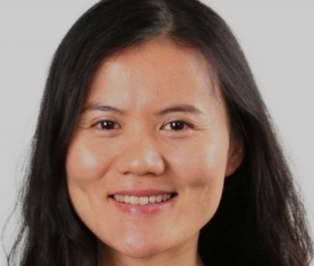 Lucy Peng Popularly Called Peng Lei Is Down To Earth And A Humble Business Mogul Once An Economic Teacher She Is Currently The Co Founder And Ceo Of
