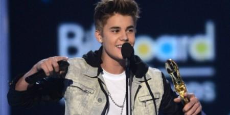 Justin Bieber Billboard award 2012 SuccessStory