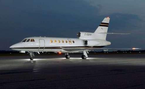 700kg de cocaïne retrouvés à bord d'un avion appartenant à Alain Afflelou