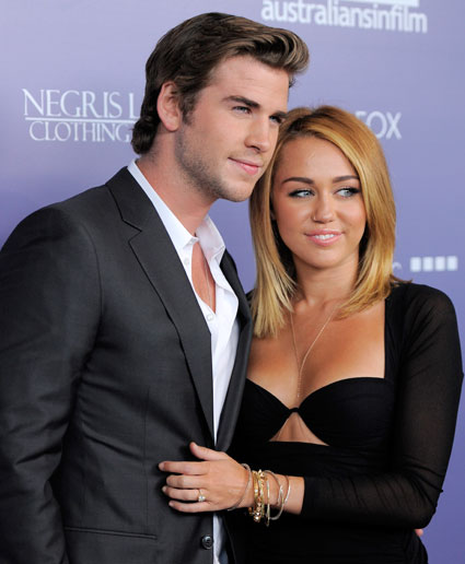 Liam Hemsworth agus Miley Cyrus