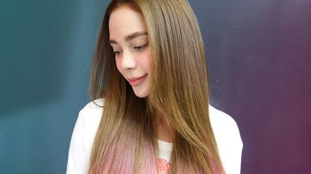 Arci Munozs New Pink Hair Cosmoph