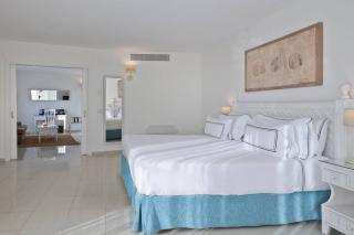 Park Plaza Suites Apartments Puerto Banus Costa Del Sol