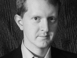 """잡학왕 켄 제닝스가 """"인류를 대표하여"""" 컴퓨터와 대결했다가 패배한 경험을 TEDx 무대에서 소개했다. (사진 TED.com)"""