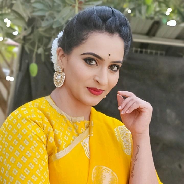 Karthika Deepam Soundarya real images