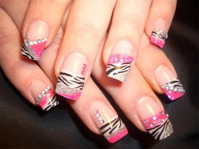 Cute Fake Nails Designs Photo 5