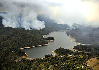 Bushfires burn around Maroondah Dam on February 11. Photo: Craig Abraham. theage.com.au Image may be subject to copyright