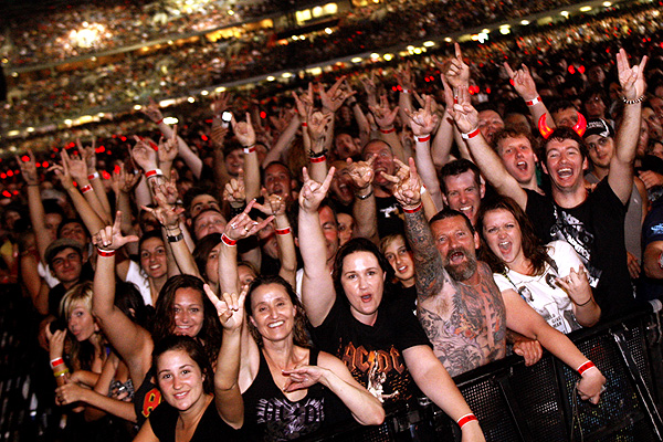 60,000 fans witness the first of AC/DC's shows at Etihad Stadium. <EM>Photo: Paul Rovere</EM>