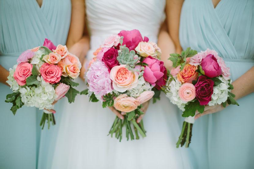 Beautiful Spring Wedding Bouquets