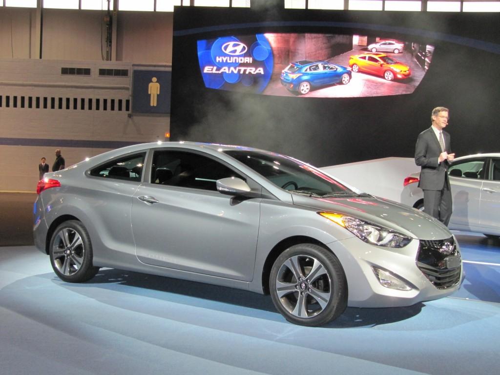 2013 Hyundai Elantra Coupe Live Photos 2012 Chicago Auto Show