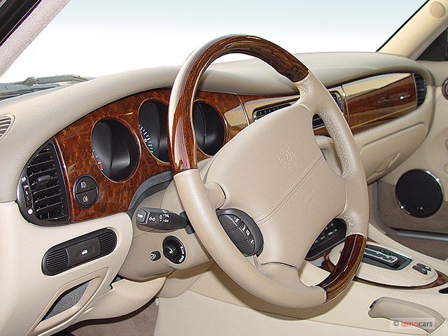 1998 Sedan Vanden Plas 1998 Jaguar Vs Jaguar