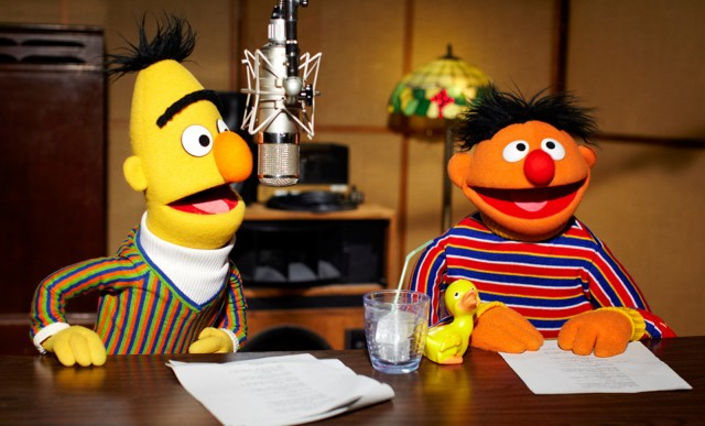 https://i1.wp.com/images.thecarconnection.com/med/bert-and-ernie-from-sesame-street-are-the-new-voice-of-tomtom_100370159_m.jpg