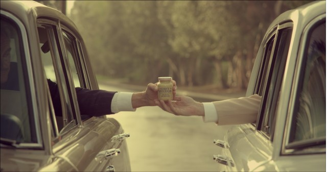 https://i1.wp.com/images.thecarconnection.com/med/classic-grey-poupon-commercial_100436634_m.jpg