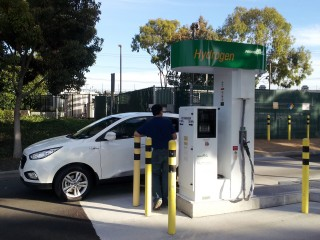 2015 Hyundai Tucson Fuel Cell at hydrogen fueling station, Fountain Valley, CA