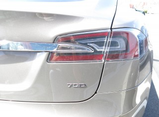 2015 Tesla Model S 70D, Apr 2015 [photo: David Noland]
