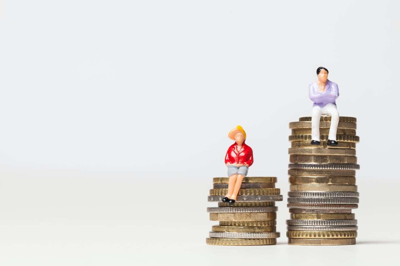 La brecha salarial existe aunque hombres y mujeres cobren igual por el mismo trabajo