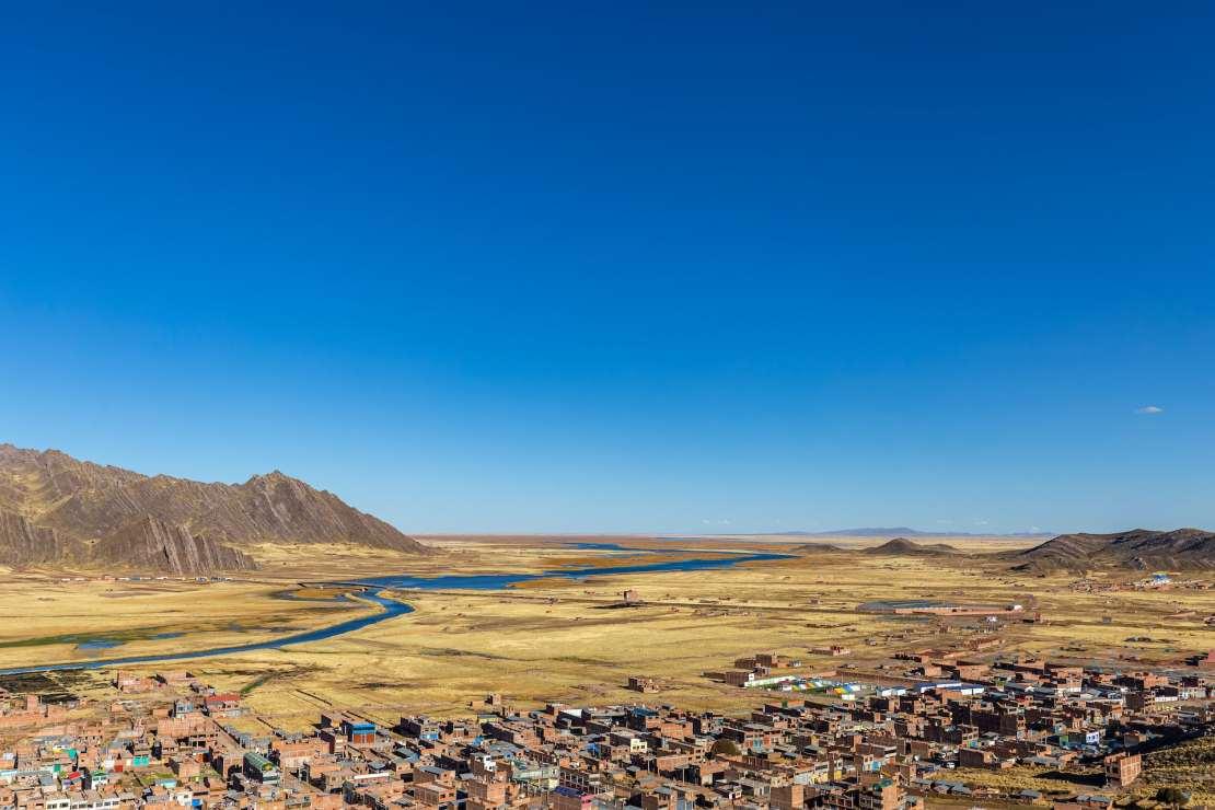 A river winds through a plateau