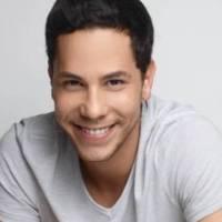 Christian Chávez aparece em foto de cueca com garoto de programa em motel