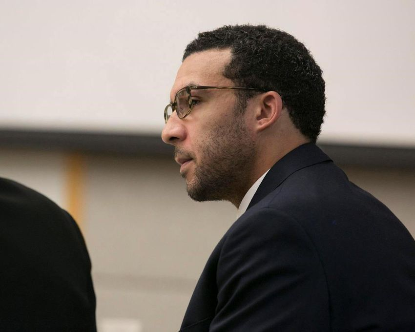 CADIU101 521 2019 001917 - Jury convicts ex-NFL player of rape, mulls 8 other charges