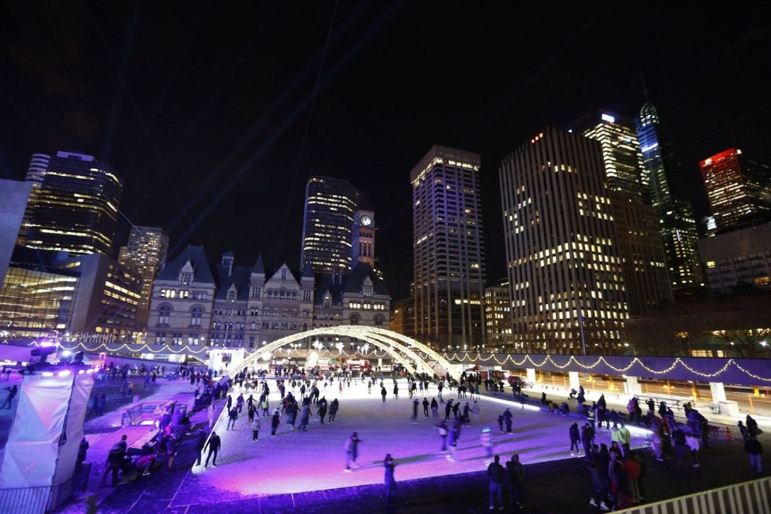 New Year s Eve in Toronto and worldwide   The Star New Year s Eve celebrations at Nathan Phillips Square