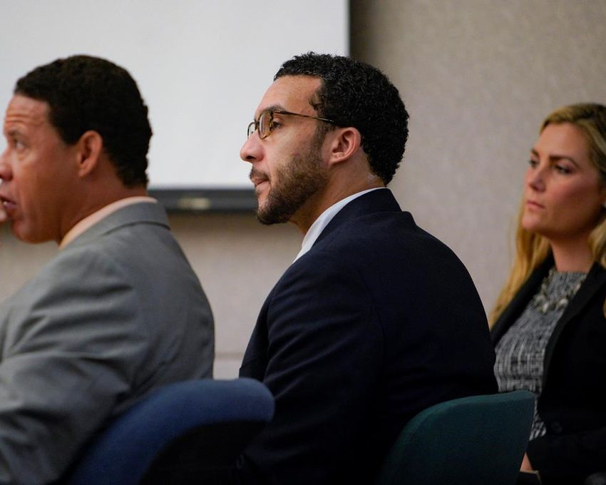CADIU501 64 2019 230401 - Jury convicts ex-NFL player of rape, mulls 8 other charges