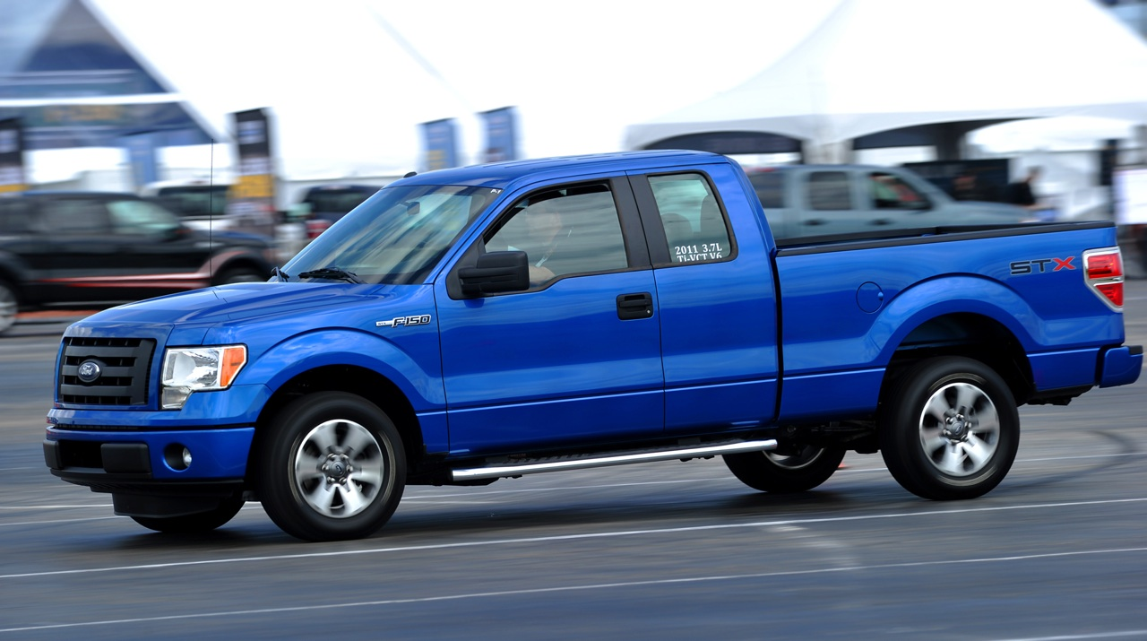 review 2011 ford f 150 3 7 vs 5 0 vs 6 2 vs ecoboost the truth about cars. Black Bedroom Furniture Sets. Home Design Ideas