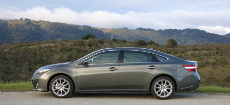 2013 Toyota Avalon Limited, Exterior, Side, Picture Courtesy of Alex L. Dykes