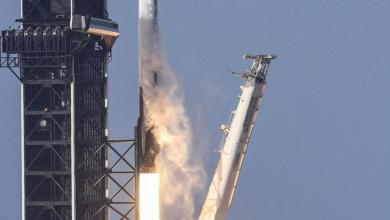 Musk's SpaceX launches 52 more satellites