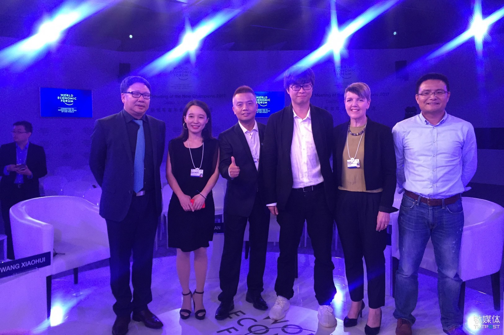From left to right: Wu Bofan, president of Beijing Bofanstime Media Co., Ltd, Zhao Hejuan, founder and CEO of TMTPost, Wang Xiaohui, Chief Content Officer of iQiyi, Ying Shuling, CEO of Yingxiong Entertainment, Rachel Catanach, president of FleishmanHillard's China operations and Zhang Chi, vice president of China Cultural Industry Fund.