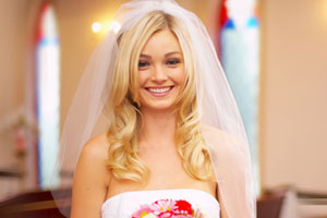 Picture-Perfect Bridal Hair