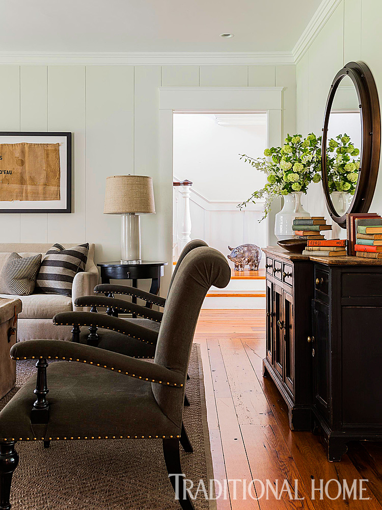 Rustic Farmhouse with Classic Style | Traditional Home on Rustic Traditional Decor  id=48777
