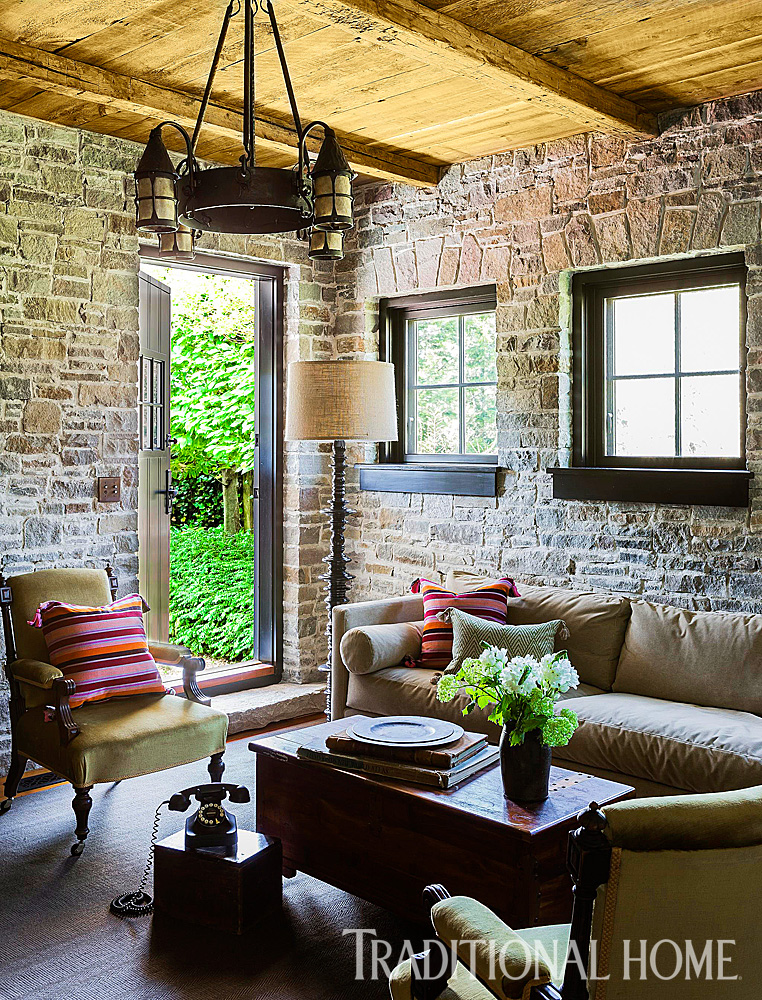Rustic Farmhouse with Classic Style | Traditional Home on Rustic Traditional Decor  id=21174