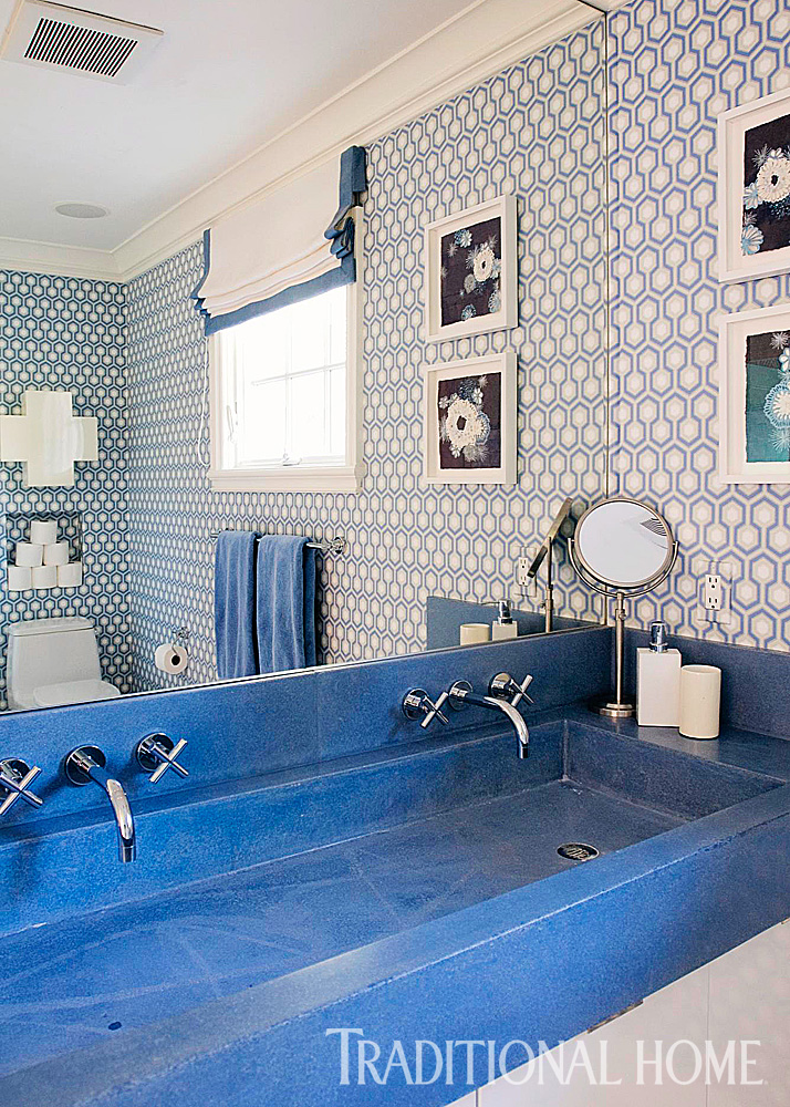 Decorating Ideas for Blue and White Bathrooms   Traditional Home Angie Silvy  Love to decorate with blue