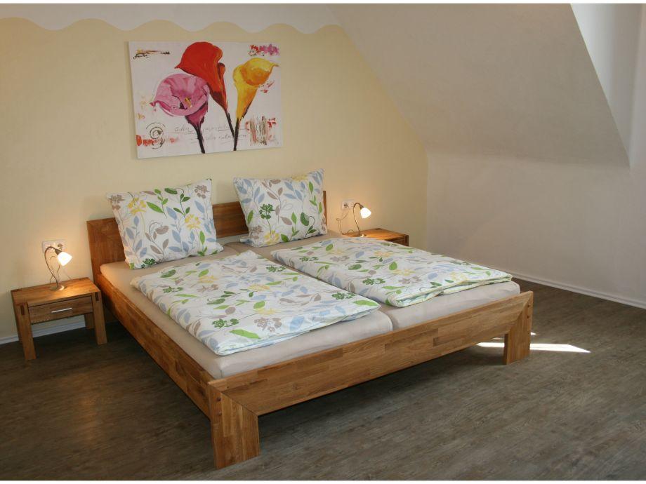 Messen Sie Die Größe Ihres Zimmers Und Bringen Sie Es Dann Zu Einem  Bauunternehmer, Wenn Sie Ihre Zimmer Komplett Umbauen Lassen Möchten.