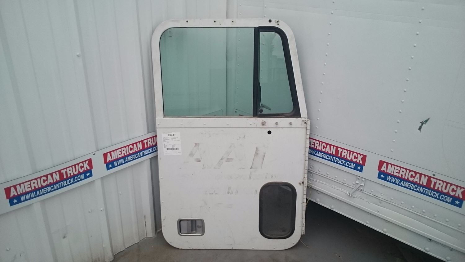 2000 Freightliner FLD120 Doors 0ZYYHmqGVF3z_f?resize\\\\\\\\\\\\\=665%2C374\\\\\\\\\\\\\&ssl\\\\\\\\\\\\\=1 grote 9130 wiring diagram grote tail light wire diagram, grote grote 9130 tail light wiring diagram at gsmportal.co