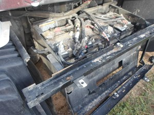 Kenworth T660 Battery Box Parts | TPI