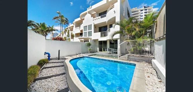 Camargue Beachfront Apartments Maroochydore Aus Best Price Guarantee Lastminute