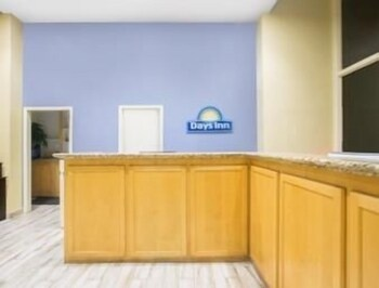 Days Inn by Wyndham Lake Havasu  2018 Room Prices from  74  Deals     Business Center Featured Image Lobby