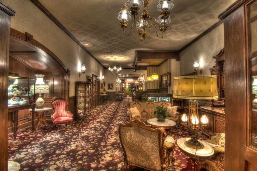 The General Palmer Hotel in Durango   Purgatory   Hotel Rates     Interior Entrance