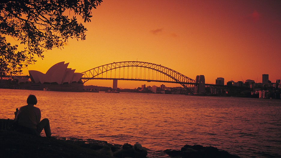 Sydney Harbour Bridge In Sydney New South Wales Expediaca