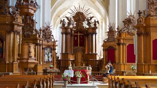 St. Anne's Church in Vilnius,   Expedia.ca