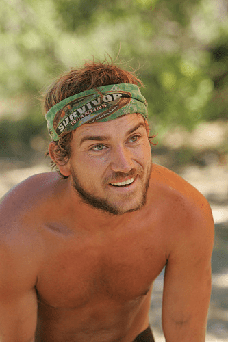Survivor Review: Dumbest Survivor Ever! - TV Fanatic