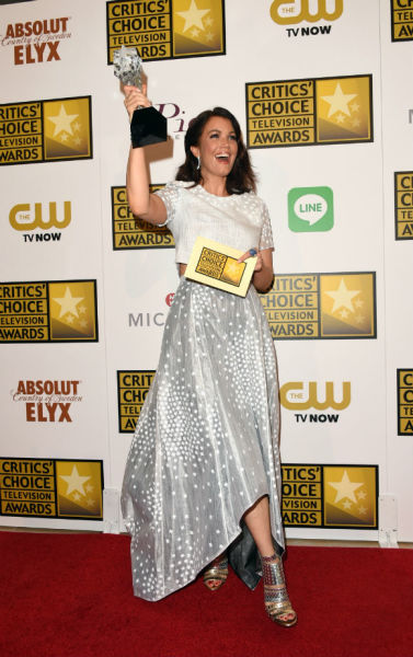 Bellamy Young Wins!