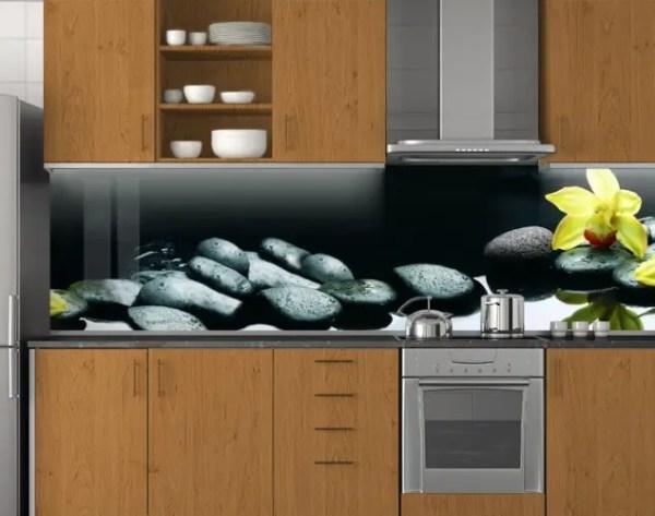 Пластиковый кухонный фартук ПВХ Черные камни и желтая ...