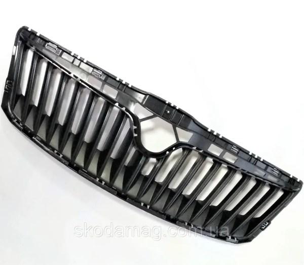 Оригинальная центральная решетка радиатора в капоте черная ...