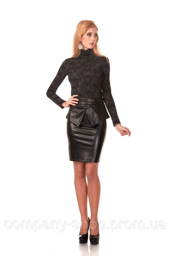 Женская юбка с баской оптом Модель Ю048черный кожа